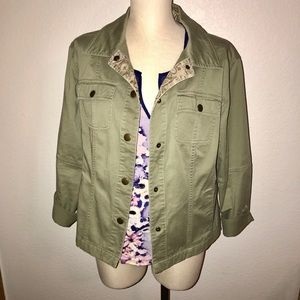 Olive green woman's snap button up jacket size 14w